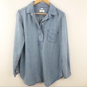 Medium ANN TAYLOR LOFT softened chambray blouse